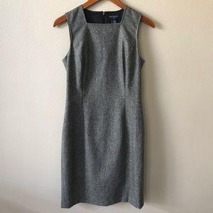 Ann Taylor Stretch Size 2 Gray Sheath Dress
